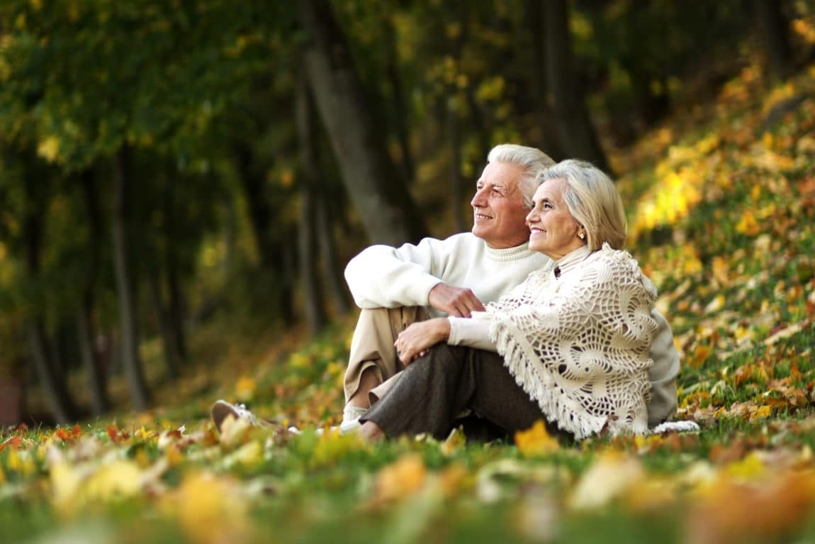 old-couple-main-slider-image.jpg